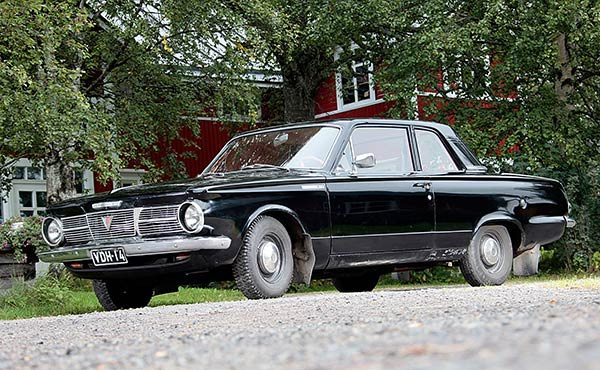 plymouth-valiant-1965