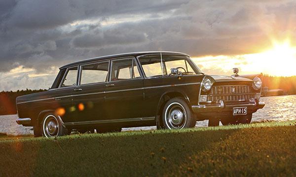 Fiat 2300 President '66 – Presidentillistä kyytiä