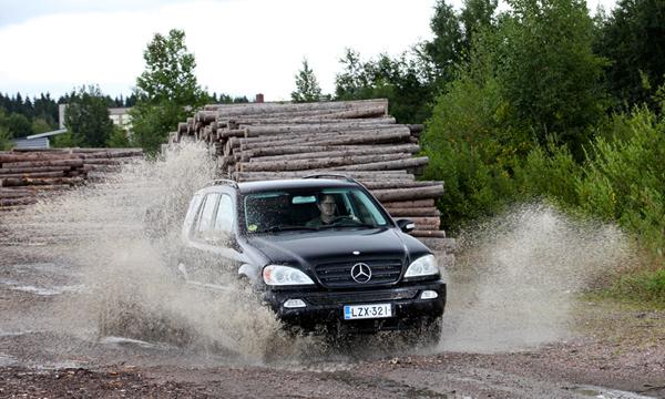 Tuleva klassikko: Väliinputoaja – Mercedes-Benz ML