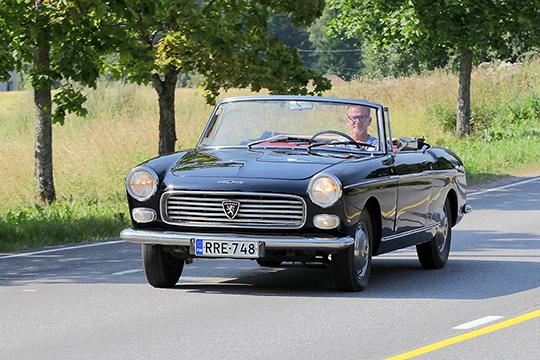 Pitkän työn tulos – Peugeot 404 Cabriolet Injection '63