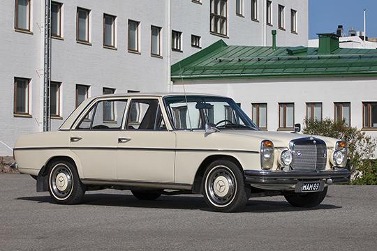 Amerikankävijä – Mercedes-Benz 220 '69