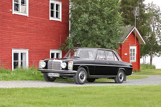 Säästeliästä laatua – Mercedes-Benz 220 D '72